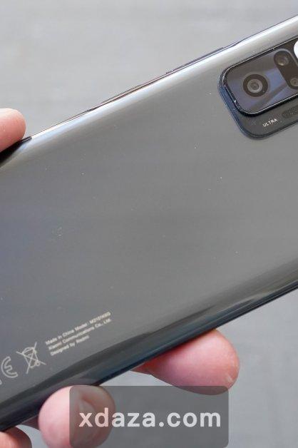 小米手机涨价6%,是为什么呢?